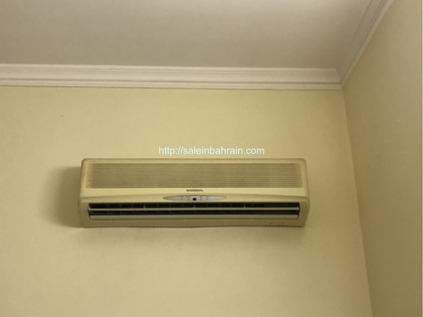 Ac For Sale With Piston Compressor In Good Condition